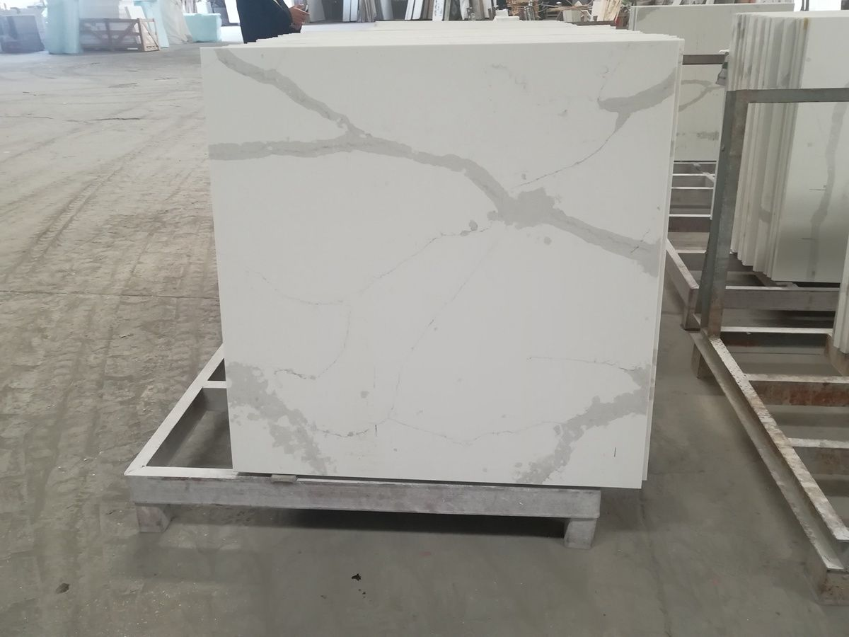 calacatta white quartz tops5.jpg
