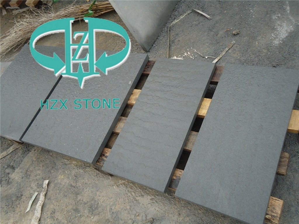 conew_black sandstone flamed.jpg